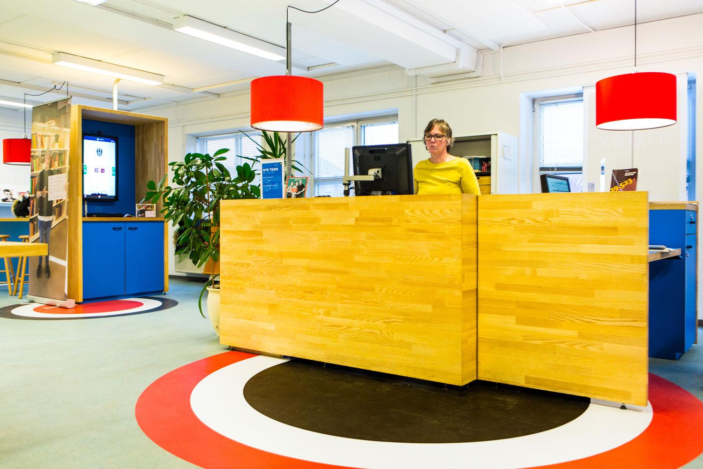 husum bibliotek skranken Rune Fjord Studio