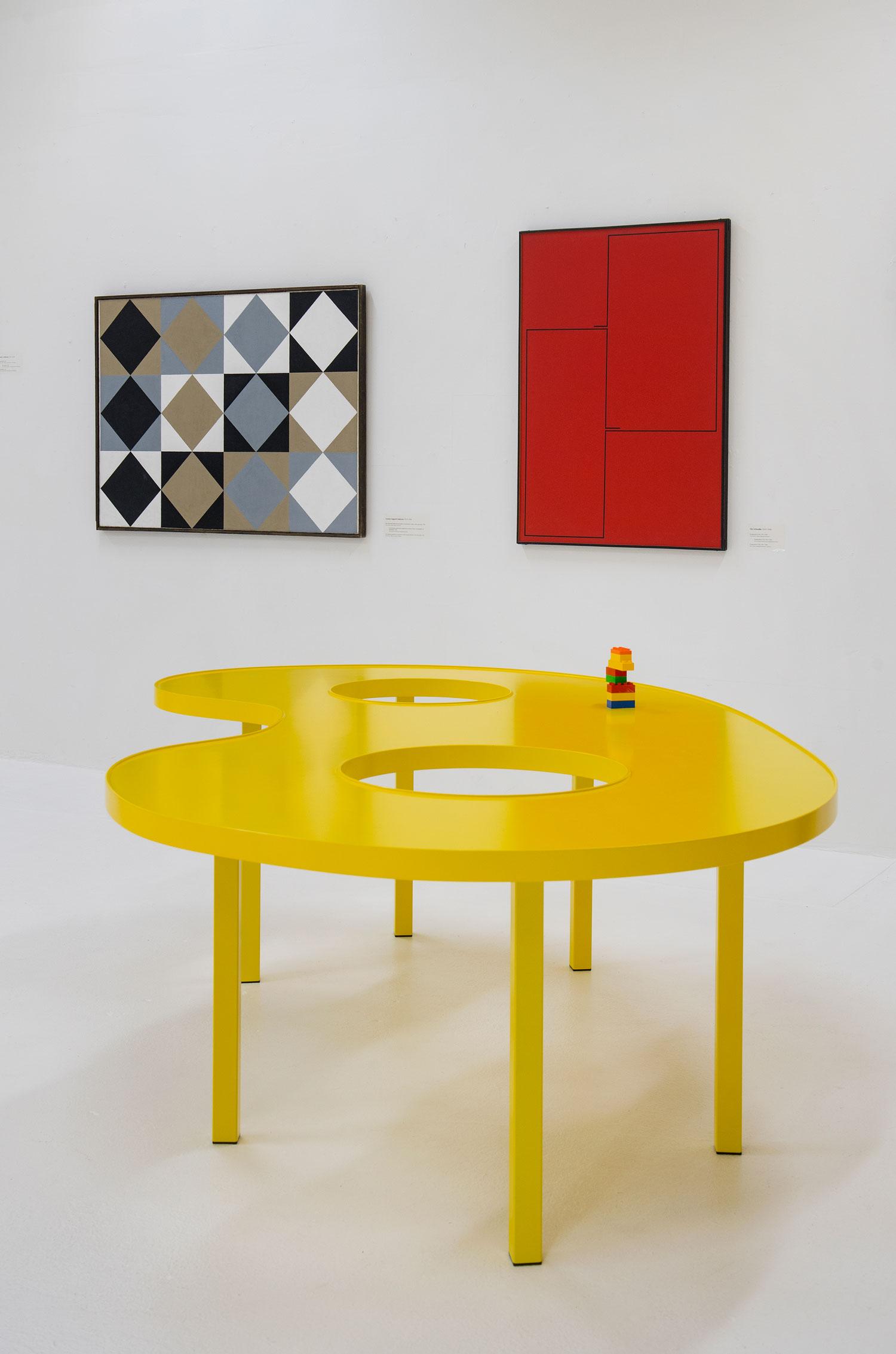 Idealer esbjerg kunstmuseum bord Rune Fjord Studio